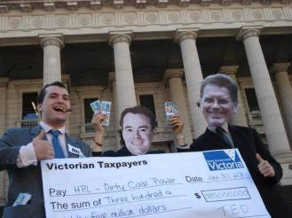 HRL payout http://quitcoal.org.au/big-ted-hands-over-big-cheque-to-hrl/